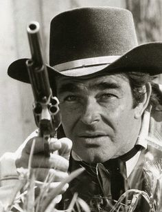 Actor Stuart Whitman turns 90 today - he was born in 1928 Cimarron Strip, Stuart Whitman, Old Western Movies, Gary Cooper, Tv Westerns, Tv On The Radio, Actors & Actresses, Cowboy Hats, Actresses