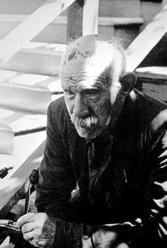 One of the three known photographs of Henry Darger,[1] taken by David Berglund in 1971.