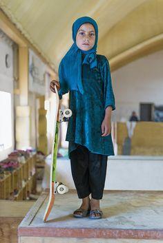 skate girl #4 | kabul, afghanistan | foto: jessica fulford-dobson