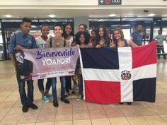 """Yoandri Cabrera """"Niña Escondida Tour 2016"""" República Dominicana. Recibimiento en el aeropuerto"""