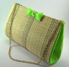 Bolsa de bambu - Medidas: 30 x 20 x 9 cm R$ 55,00