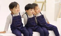 We are the song brothers Superman Baby, Cute Kids, Cute Babies, Triplet Babies, Man Se, Song Daehan, Song Triplets, Baby Corner, Cute Songs