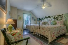 Churchill House Inn - Brandon, Vermont  #photography #chibimokuphotography #ideas