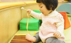 1歳ごろの赤ちゃんは、生まれたばかりのときから比べると成長が感じられますね。今回は、1歳から2歳ごろまでに、やっておくべきことをお伝えします。
