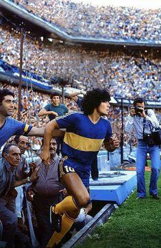 Retro Football, World Football, Vintage Football, Football Images, Football Pictures, Fcb Barcelona, Argentina Football, Image Foot, Legends Football