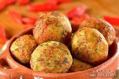 Receita de Bolinho de sardinha especial em Salgados, veja essa e outras receitas aqui!