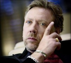 In HARD WEATHER: Mikael Persbrandt (47).  Photo: Linn Cathrin Olsen
