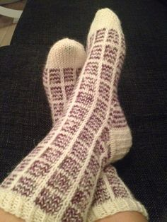 Hääparille ruutusukat - made with love! Crochet Chart, Diy Crochet, Knitting Socks, Knitted Hats, Knit Socks, Handicraft, Mittens, Diy Crafts, My Love