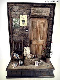 Miniature Used bookstore scene. By studio soo Vitrine Miniature, Miniature Rooms, Miniature Crafts, Miniature Houses, Miniature Furniture, Dollhouse Furniture, Animation Image Par Image, Mini Things, Miniture Things