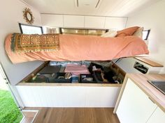 Check out our step by step guide into how we renovated our vintage Viscount Royal caravan into our own little beach house on wheels. Caravan Renovation Diy, Caravan Interior Makeover, Camper Makeover, Caravan Living, Airstream Living, Rv Living, Caravan Vintage, Vintage Caravans, Vintage Campers