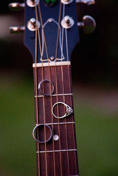 Instrument wedding decor. 10 Music Inspired Wedding Ideas on @intimatewedding Photo by @ejphoto #weddingideas #musicwedding #weddingmusic