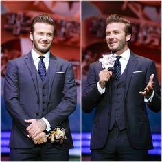 David Beckham in Ralph Lauren - The 18th Channel [V] Chinese Music Awards 大衛貝克漢亮相第18届全球华语榜中榜 http://www.whats-he-wearing.com/2014/04/david-beckham-in-ralph-lauren-18th-Channel-V-Awards-Macau-2014.html