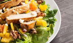 Σαλάτα με κοτόπουλο, πορτοκάλι και καρύδια Cobb Salad, Salad Recipes, Salads, Sandwiches, Sweet Home, Food And Drink, House Beautiful, Salad, Paninis