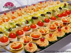 Deluxe Canapé Selection - Canapés - Manchester catering - Welcome to The Head Caterer - Catering in Manchester and Stockport area providing a professional catering service for wedding, corporate, business and bespoke buffet events in the Manchester area Dinner Party Recipes, Party Snacks, Appetizer Recipes, Holiday Appetizers, Holiday Recipes, Lunch Catering, Reception Food, Wedding Reception, Party Buffet
