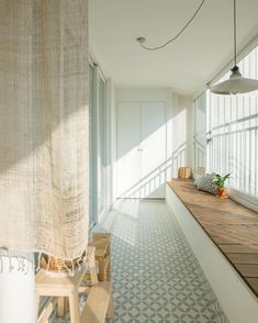 • THE_K 울산, 베란다 인테리어로 우리집 홈카페 만들기! : 네이버 블로그 Interior Garden, Room Interior, Home Interior Design, Seoul Apartment, Veranda Interiors, Apartment Balconies, Cozy Place, Interiores Design, Living Room Decor