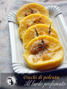 Dischi di polenta al lardo profumato