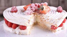Merengue relleno de nata y frambuesas - Receta - Canal Cocina