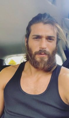 Twitter Turkish Men, Turkish Actors, Beautiful Boys, Gorgeous Men, Hair And Beard Styles, Long Hair Styles, Long Hair Beard, Yes I Can, Great Beards