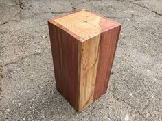 Small Rustic Side Table: With a Sleek Design this Pallet Side Table makes a Great Night stand or Exterior piece.