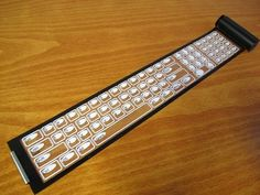 Qii, a full-sized QWERTY keyboard that rolls into a portable case.