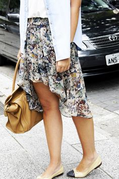 #Floral mullet skirt  Mullet Skirts #2dayslook #new style #MulletSkirtsfashion  www.2dayslook.com
