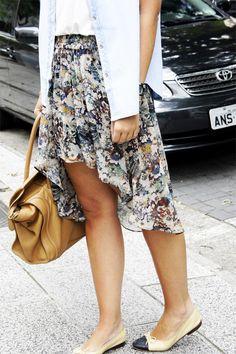 #Floral mullet skirt  Mullet Skirts #2dayslook #new style #MulletSkirtsfashion  www.2dayslook.com