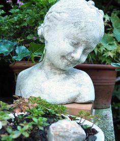 Garden Sculpture, Simple, Outdoor Decor, Life, Home Decor, Homemade Home Decor, Decoration Home, Interior Decorating