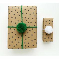 Un emballage cadeau entre sobriété et fantaisie