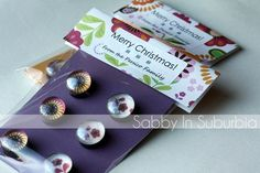 Sabby In Suburbia: Homemade Christmas: Pendant Necklaces & Glass Magnets - My DIY Tips Homemade Magnets, Diy Magnets, Round Magnets, Homemade Necklaces, Homemade Christmas Gifts, Homemade Gifts, Christmas Crafts, Christmas Presents, Christmas 2014
