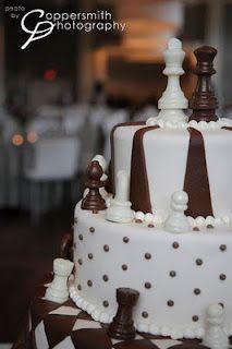 chess lovers wedding cake