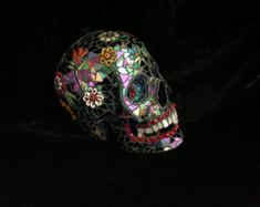 Stained Glass Mosaic Skull &qu