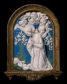 Virgin Adoring the Christ Child. Andrea della Robbia, 1479. Florencia, Italia.