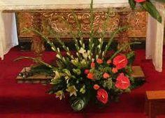 Imagem relacionada Flower Arrangements, Christmas Tree, Holiday Decor, Flowers, Altars, Plants, Home Decor, Floral Arrangements, Garden