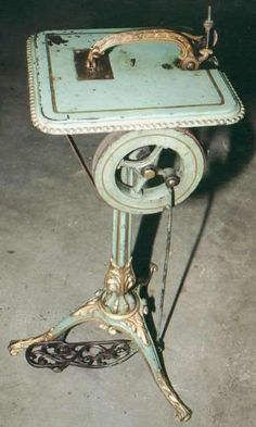 Pratt Sewing Machine (for home use only) aka The Lady's Companion, 1909