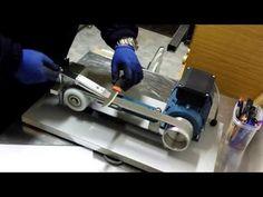 Lijadora de banda afiladora ( belt grinder ) - YouTube Knife Grinding Jig, Knife Grinder, Knife Sharpening, Belt Grinder Plans, Belt Knife, Knife Making Tools, Dremel, Blacksmithing, Katana