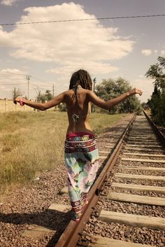 travelling girl - gypsy style