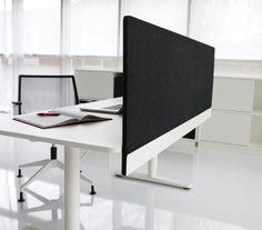 Henry desk screen by HORREDS