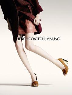 Chegou nas lojas a coleção Herchcovitch + Via Uno - http://www.maniadecalcados.com.br/blog/chegou-nas-lojas-colecao-herchcovitch-via-uno/