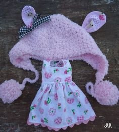 pullip blythe pink soft hat and dress made to order by sandraohh, $22.00