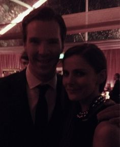 Gah! Too adorable, they found each other at the Golden Globes.