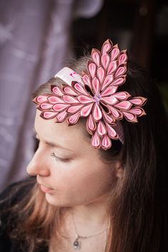 Kanzashi butterfly DIY https://www.youtube.com/watch?v=n1pfs0RfZzs
