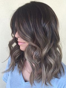 Adorable Medium Hairstyles 2018 for Women New Trends