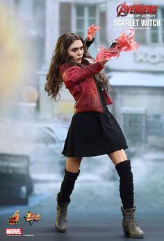 Hot Toys : Avengers: Age of Ultron - Scarlet Witch 1/6th scale Collectible Figure