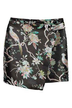 Zavinovací sukně s očkem - Černá/květovaná - ŽENY | H&M CZ