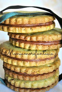 Biscotti al pistacchio e cioccolato