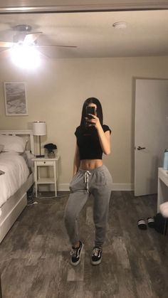, – fitness inspiration, You can collect images you discovered organize them, add your own ideas to your collections and share with other people. Tumblr Outfits, Chill Outfits, Outfits For Teens, Trendy Outfits, Teen Fashion, Fashion Outfits, Womens Fashion, Looks Style, My Style