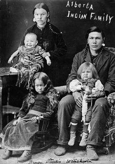 Cree family in Wetaskiwin, Alberta - 1921༺ ♠ ༻*ŦƶȠ*༺ ♠ ༻