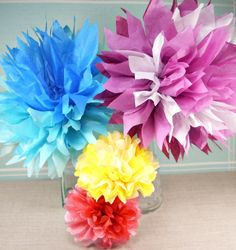 How to make tissue paper flowers  http://www.swalter.com/blog/tag/tissue-paper-flowers/