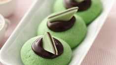Cool mint and rich chocolate make a delicious cookie combo - perfect for a dessert.