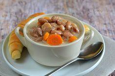 Fejtettbab-leves Pudding, Desserts, Food, Red Peppers, Tailgate Desserts, Deserts, Custard Pudding, Essen, Puddings